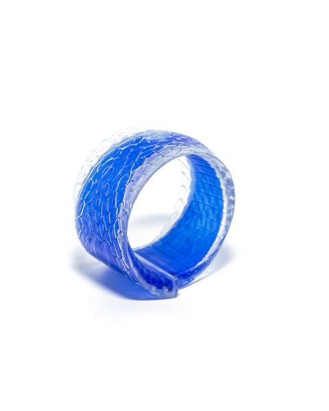 Chris Bahng, Blueblood, 2019, bracelet; 3D printed nylon, ink, 100 x 95 x 64 mm, €1020